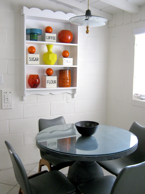 kitchentable3